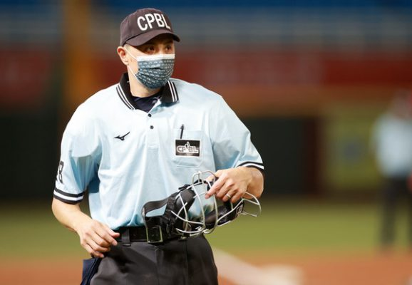 東京奧運-棒球裁判台灣紀華文-SPORT598體育新聞8321